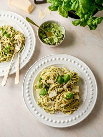 Anna_Lee_Eats_Basilikum_Pesto_Pasta